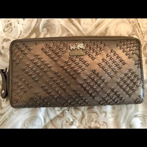 COACH Madison Woven Leather Pewter Zipper Wallet